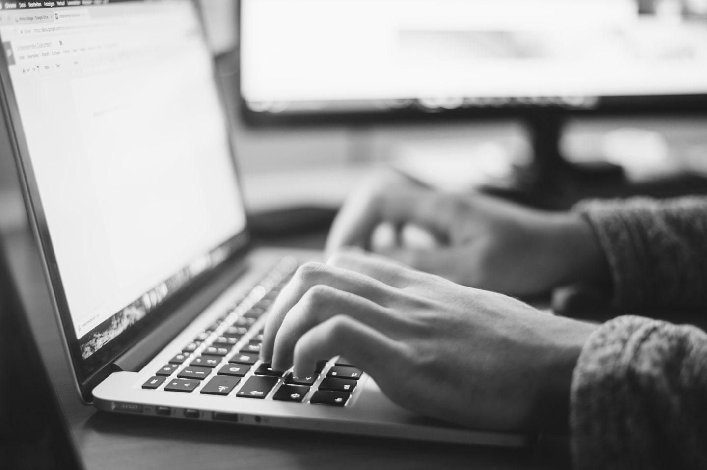 "Google Search Console Tools是GA(Google Analytics)分析網站使用數據之外的另ㄧ種有效與最完整的分析工具,使用Google Search Console Tools經由分析頁面點閱率與網頁除錯來強化網站的架構與技術。網站設置 Google Search Console Tools 有什麼幫助?SEO關鍵字追蹤教學,簡單教你設置Google Search Console Tools流程步驟解說。台北網頁設計公司推薦-2.5D提供:SEO關鍵字優化響應式形象網頁設計、RWD品牌SEO關鍵字優化網站設計、SEO關鍵字優化工具、WordPress網頁設計客製化與專業版型套版、SEO關鍵字優化網頁設計範例作品集、網頁設計SEO關鍵字優化步驟、公司數位轉型/網路購物開店SEO關鍵字優化/電商SEO關鍵字優化洽詢。活動ㄧ頁式網站設計、學校網頁設計SEO關鍵字優化、科技外銷貿易網頁設計SEO關鍵字優化、醫療美容生技醫美研究中心計畫網站架設、大學系所網頁設計SEO關鍵字優化、藝廊網頁設計SEO關鍵字優化、餐廳網頁設計SEO關鍵字優化-客戶觸及台中,台南,高雄,北台灣(桃園,新竹,台北)。「如何規劃建置高評價SEO關鍵字優化形象網站?""網頁設計公司""報價單、價格、收費、費用歡迎聯繫!」"